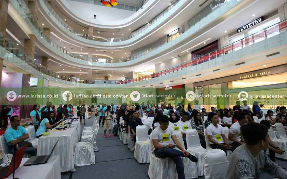 Suasana Atrium Hartono Mall saat Audisi